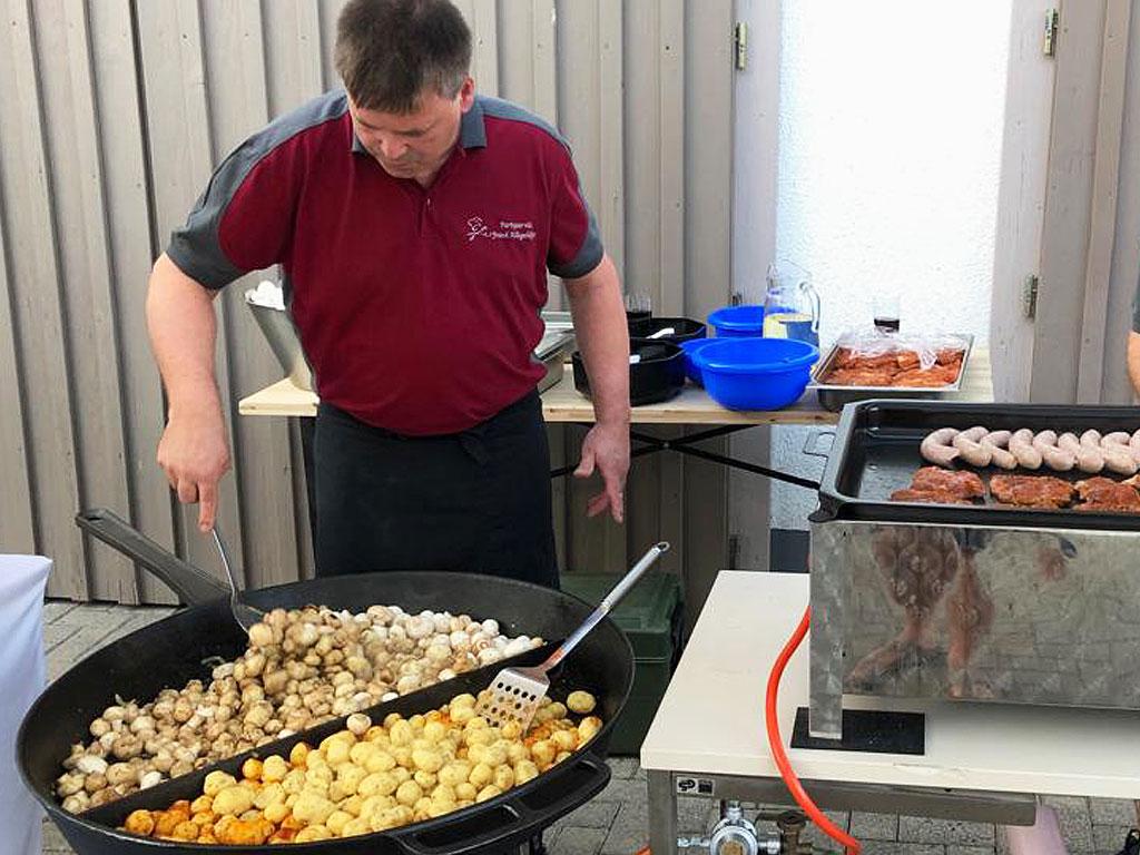 Partyservice & Catering für den Geburtstag - Live Cooking